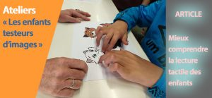 2 mains d'enfants lisent le dessin d'un aristochat en relief